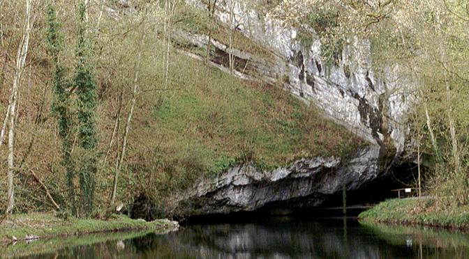 Han-sur-Lesse avec un karstologue